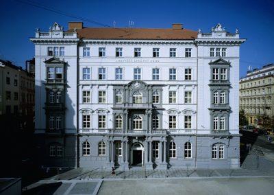 Budova_soudu_(rok_2007)
